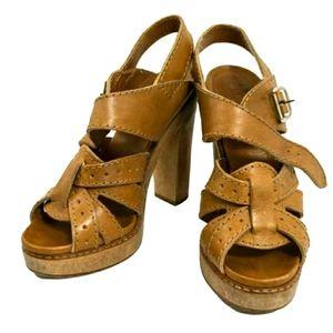 Chloe brown leather platform heels